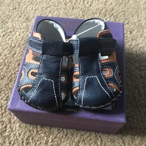Soft Sole baby shoes - Size 0-6 months